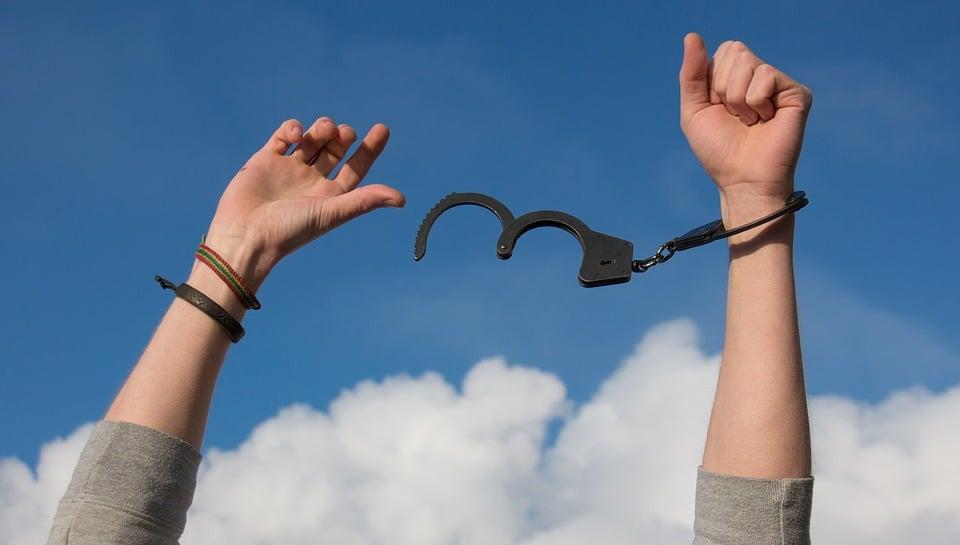 contra la dependencia emocional, sentirse libre