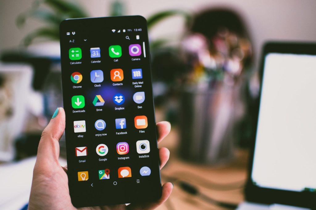 Nomofobia adicción al móvil aplicaciones móvil