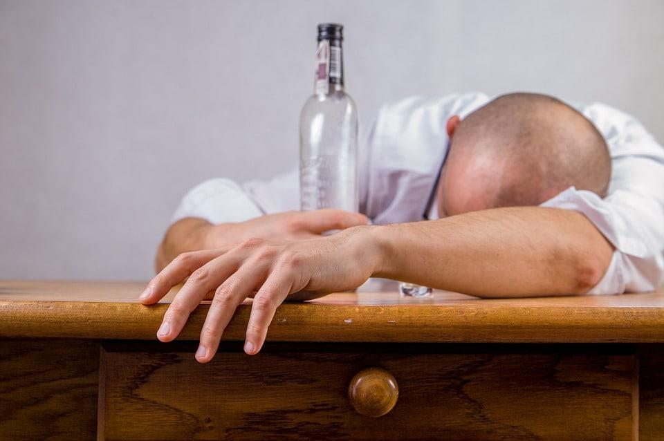 Ebriorexia alcoholismo