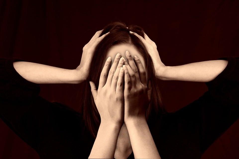 dolor de cabeza genera estrés