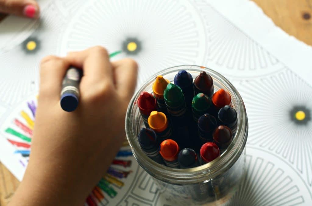 Dibujar figuras por Clínica Fuensalud