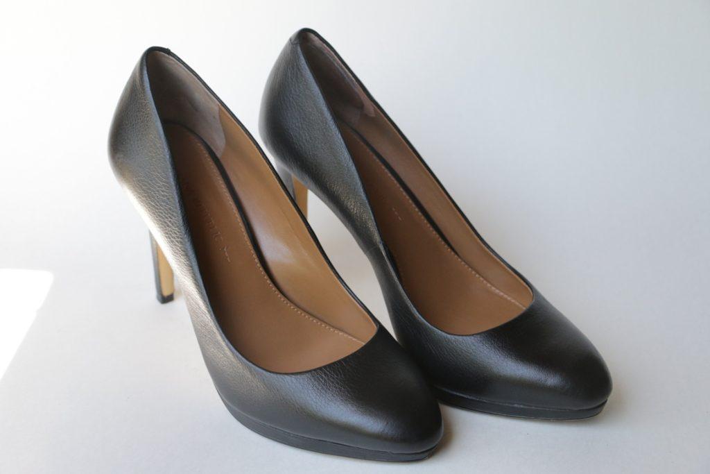 Zapato de tacón por Clínica Fuensalu