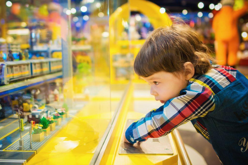 Juguetes para el desarrollo infantil por Clínica Fuensalud