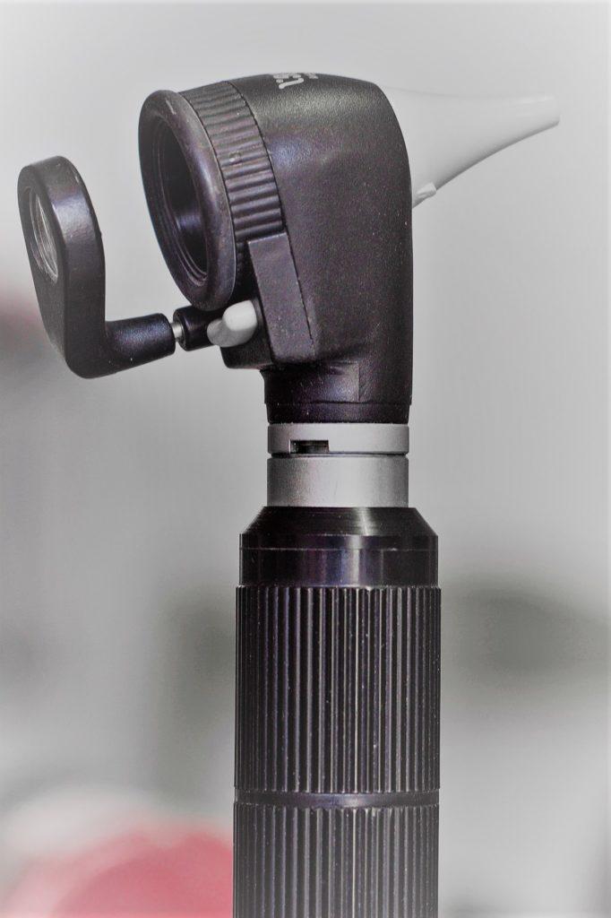 Otoscopio para otitis por Clínica Fuensalud