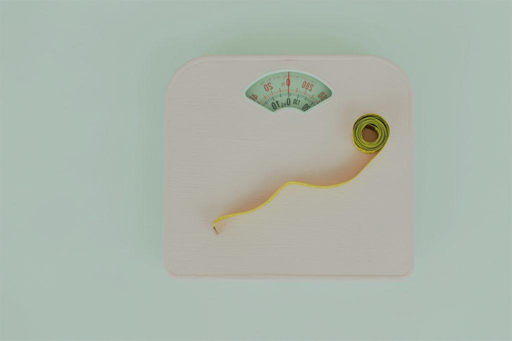 Báscula Pérdida de peso con Clínica Fuensalud