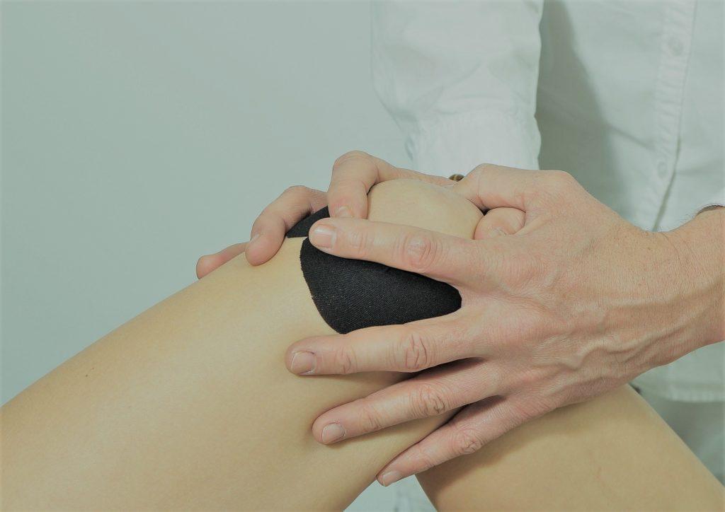 Exploración de la rodilla Luxación de la Rótula  por Clínica Fuensalud