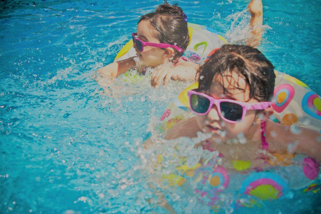 Niños en vacaciones por Clínica Fuensalud