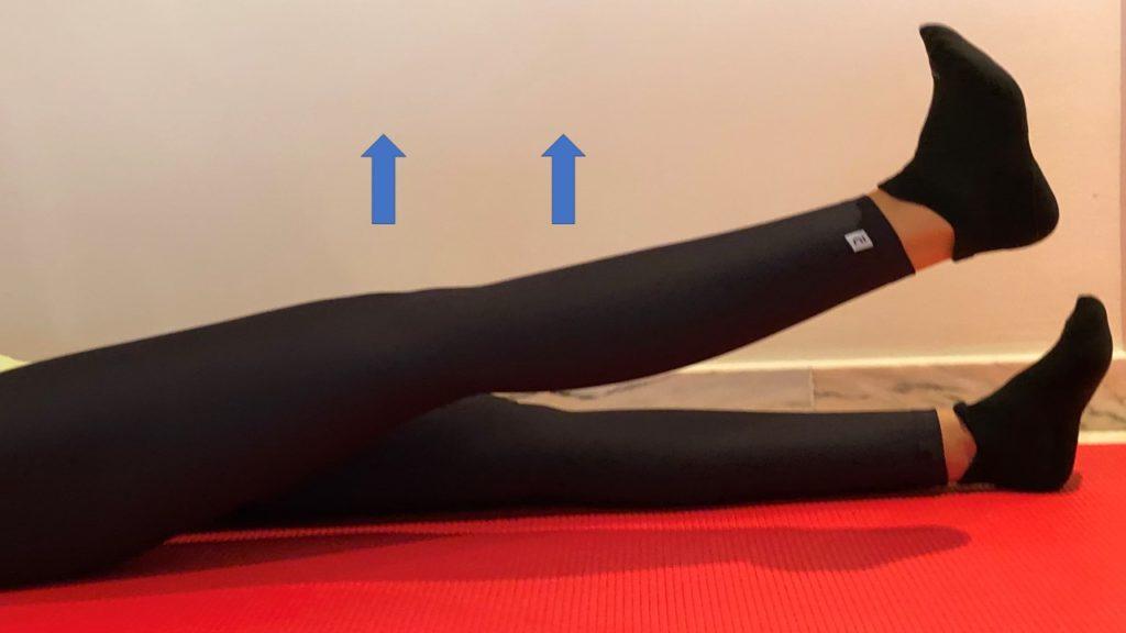 Elevación de pierna en extensión 2 con Clínica Fuensalud